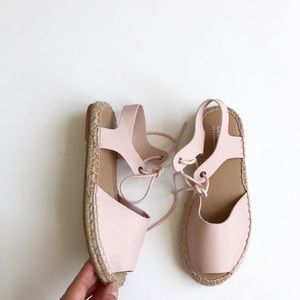 Old Navy pink espadrilles laceup VGUC size 1 youth